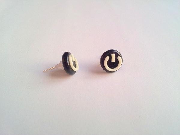 boucle-oreille-power-button (2)