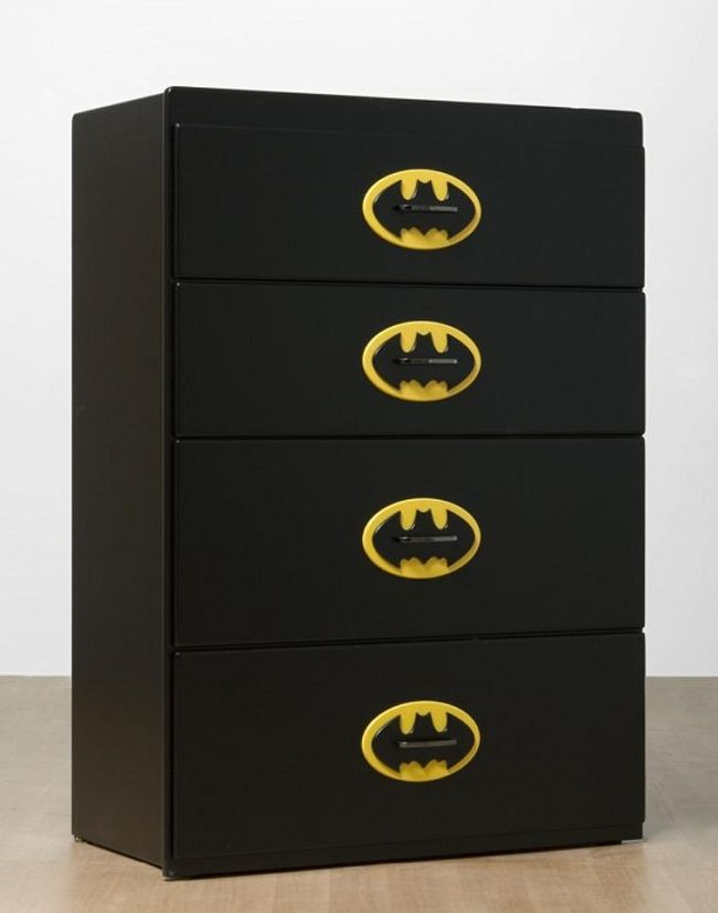 batman-dresser-commode-meuble [650 x 826]