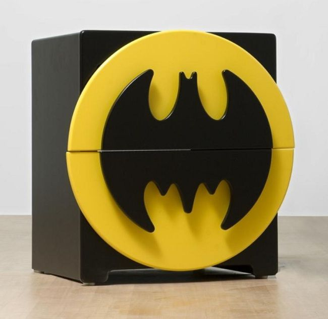 batman-dressind-meuble [650 x 631]