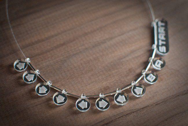 collier-necklace-konami-code-geekette-gaming-3 [650 x 435]