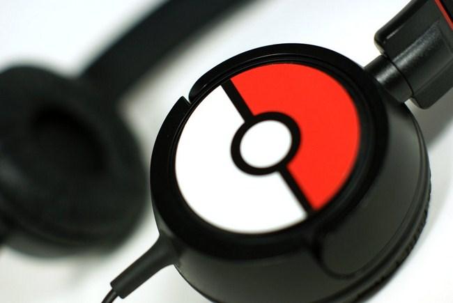 casque-audio-pokemon-pokeball-1 [650 x 821]
