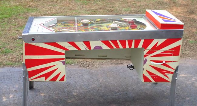 pinball-flipper-recyclage-recycled [650 x 352]