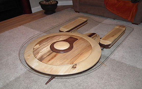 enterprise-star-trek-table-basse [557 x 351]