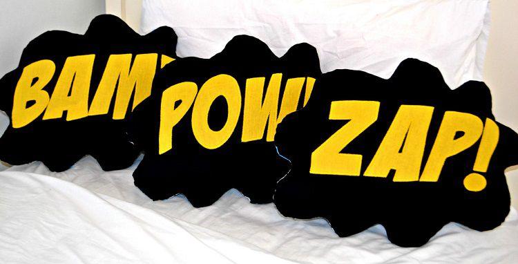coussin-comics-bam-marvel-dc-bam-pow-zap [750 x 382]