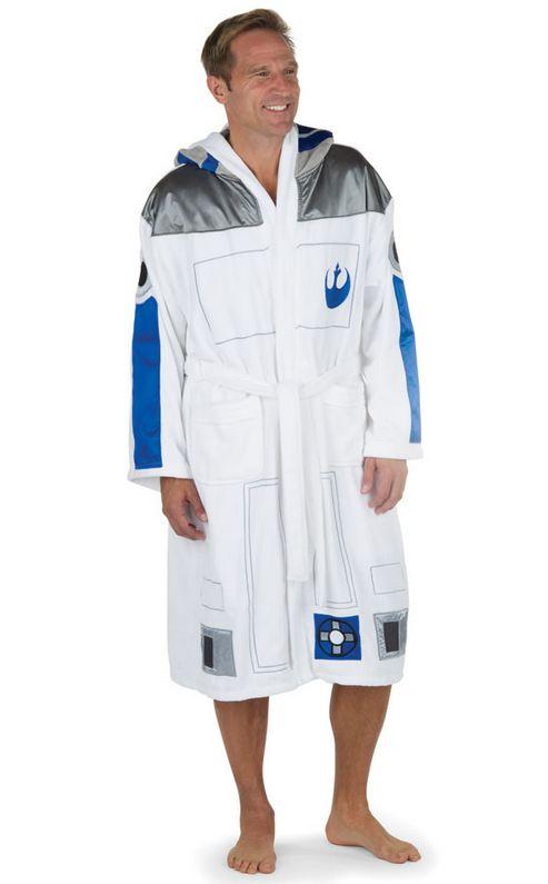 r2-d2-peignoir-robe-star-wars-4 [493 x 795]