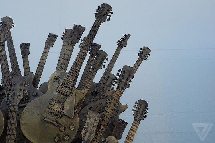 gibson-iron-throne-trone-fer-guitar-2 [750 x 500]