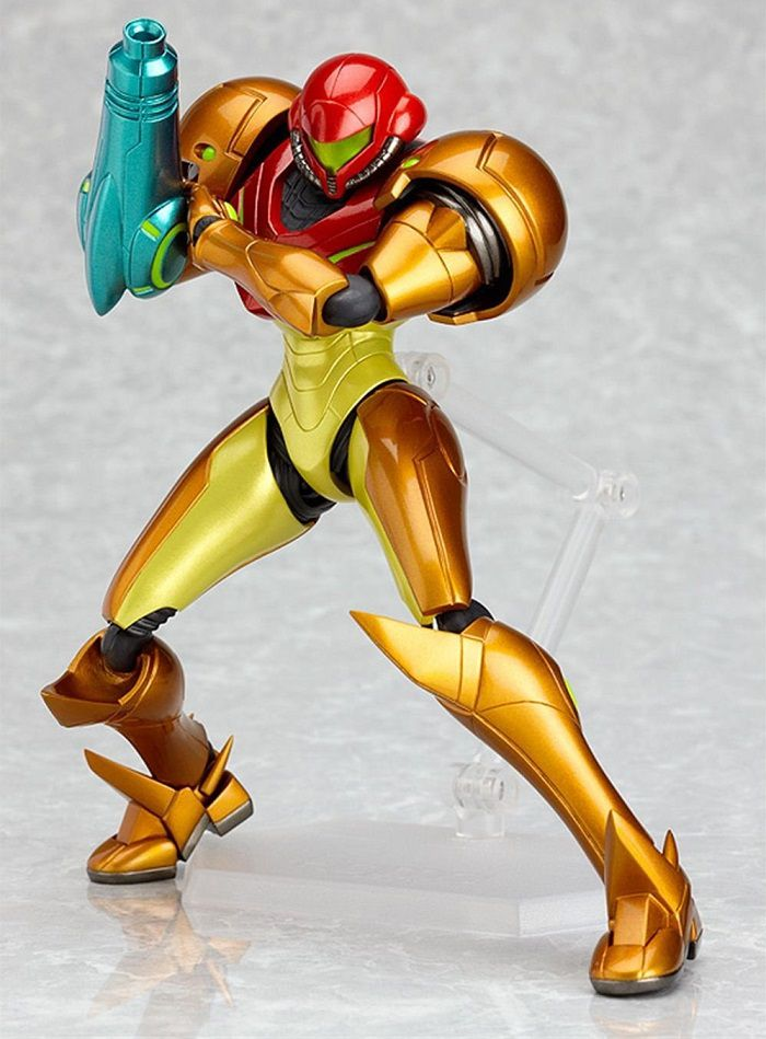 Metroid-other-m- samus-aran-figurine-4 [700 x 949]
