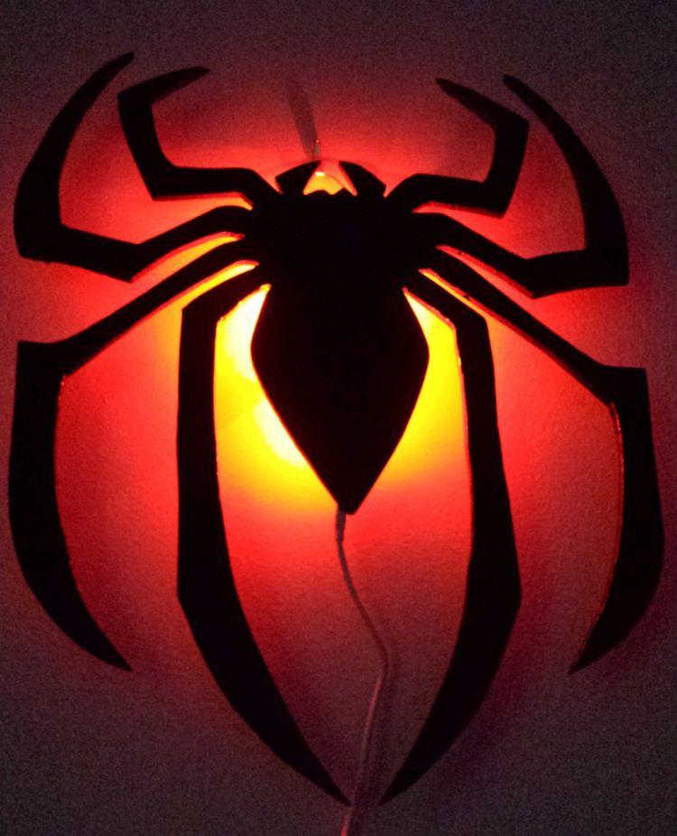 lampe-logo-spiderman-led-decoration [750 x 925]