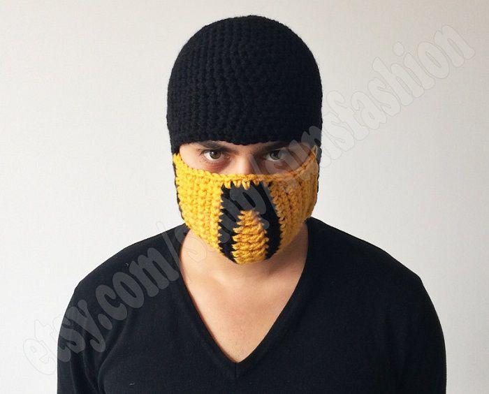 mortal-kombat-x-bonnet-beanie-mask-masque-ski-scorpion-2 [700 x 564]