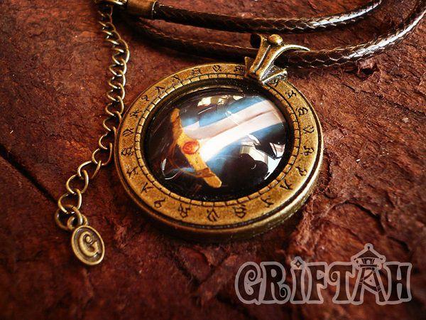 collier-pendentif-world-warcraft-guerrier-necklace-pendant [600 x 450]
