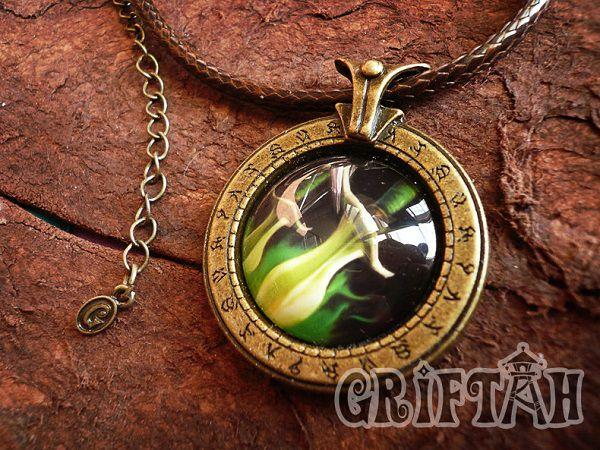 collier-pendentif-world-warcraft-rogue-necklace-pendant [600 x 450]