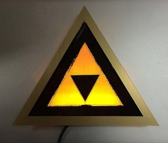 light-art-zelda-triforce-tableau-led-lumineux [700 x 595]