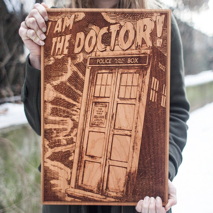 spacewolf-gravure-bois-tableau-doctor-who [750 x 750 ]