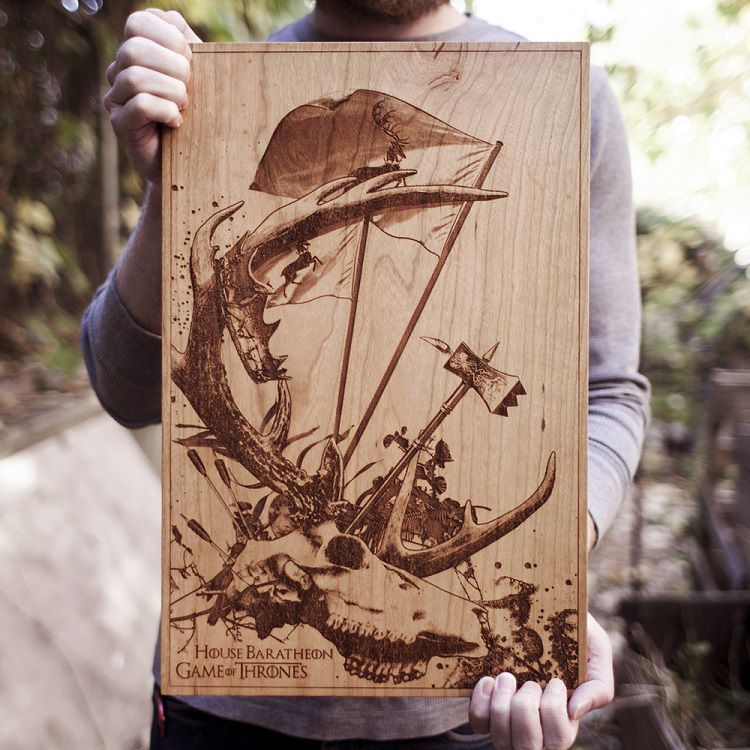 spacewolf-gravure-bois-tableau-game-of-thorne-house-baratheon [750 x 750]