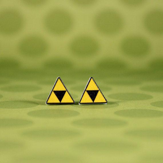 boucles-oreilles-bouclier-triforce-earrings-link-legend-zelda-2 [570 x 570]
