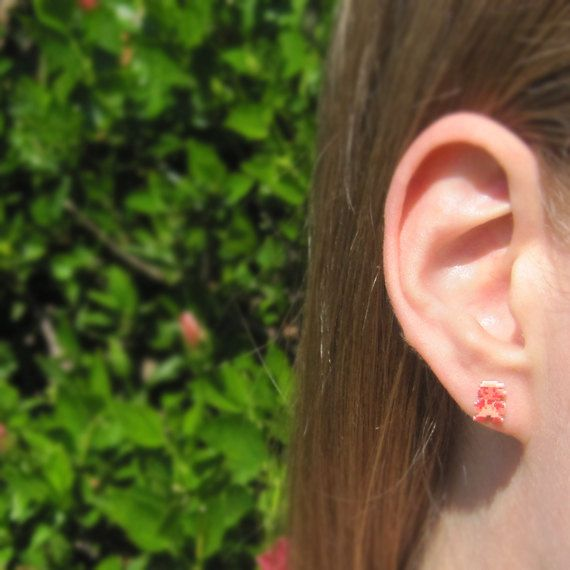 boucles-oreilles-earrings-nintendo-mario-8-bit-2 [570 x 570]
