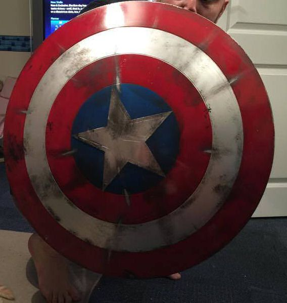 bouclier-shield-captain-america-used-use-cosplay-accessoire-2 [568 x 599]
