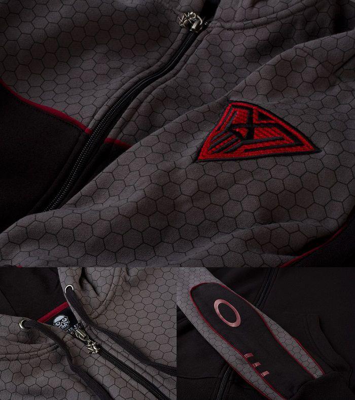 starcraft-2-sweat-shirt-hoodie-spectre [700 x 789]
