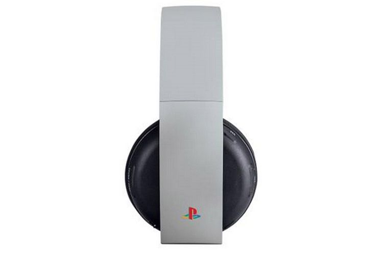 Sony-playstation-4-anniversaire-anniversary-edition-csaque-audio-Wireless-Stereo-Headset [750 x 514]