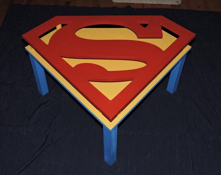 table-basse-superman-3d-apéritif [750 x 595]