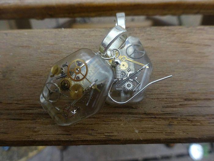 boucles-oreilles-steampunk-hexagone [700 x 525]