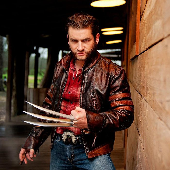 griffes-wolverine-claws-cosplay [700 x 700]