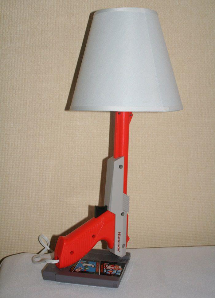 lampe-nintendo-nes-zapper-duck-hunt [700 x 971]
