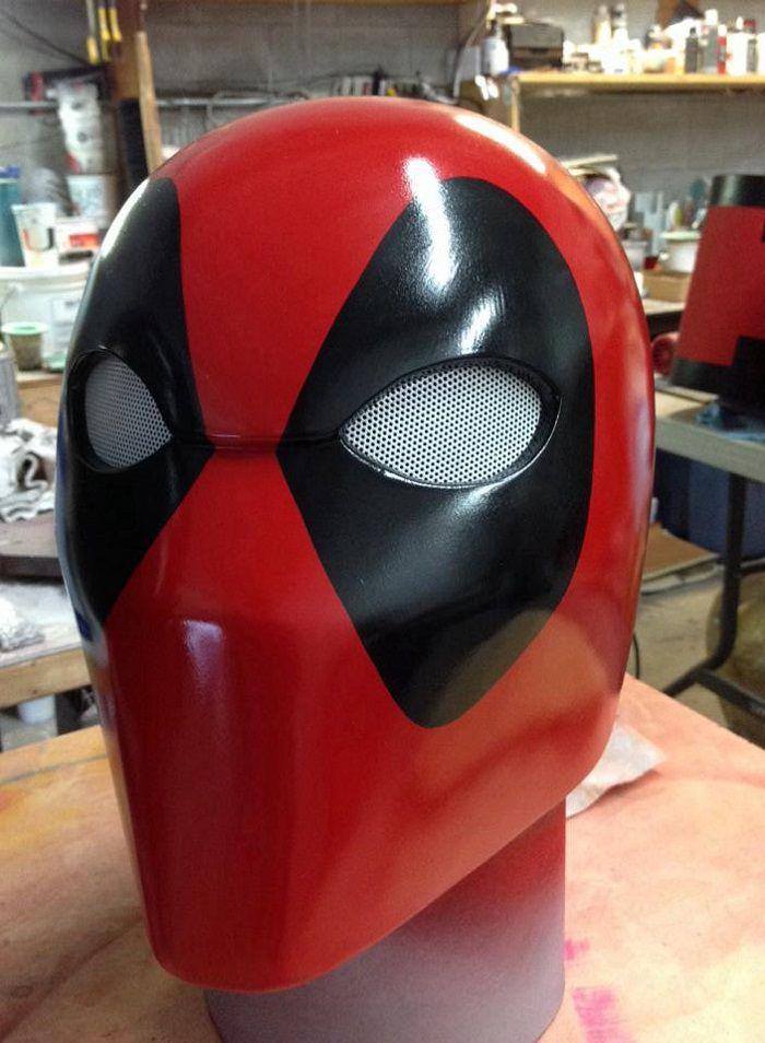 casque-deadpool-cosplay [700 x 954]