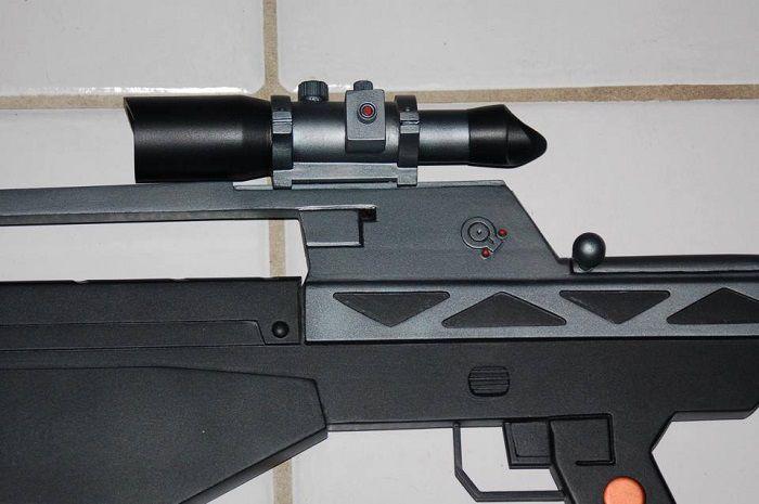 fusil-assaut-halo-5-USNC-spatan-replique-cosplay-3 [700 x 465]