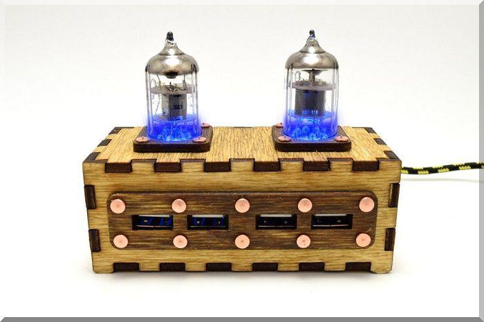 hub-usb-steampunk-double-tube-pentode-4-ports [700 x 466]
