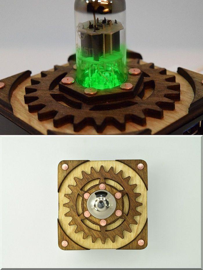 hub-usb-steampunk-tube-triode [700 x 932]
