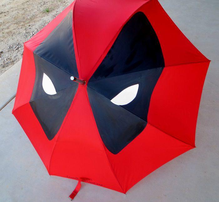 parapluie-deadpool-marvel [700 x 645]