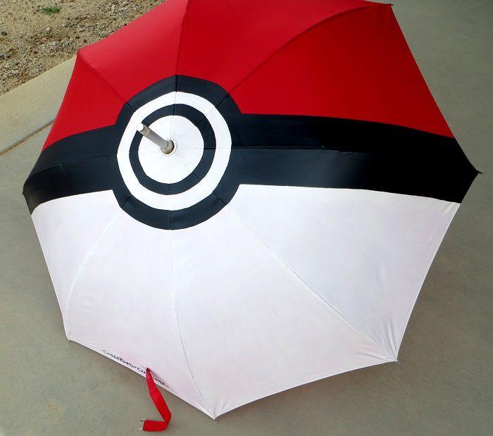parapluie-pokeball-pokemon [700 x 619]