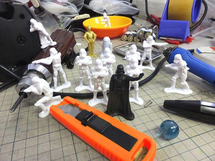 star-wars-petit-soldat-plastique-dark-vador-stormtrooper-collection-2 [700 x 525]
