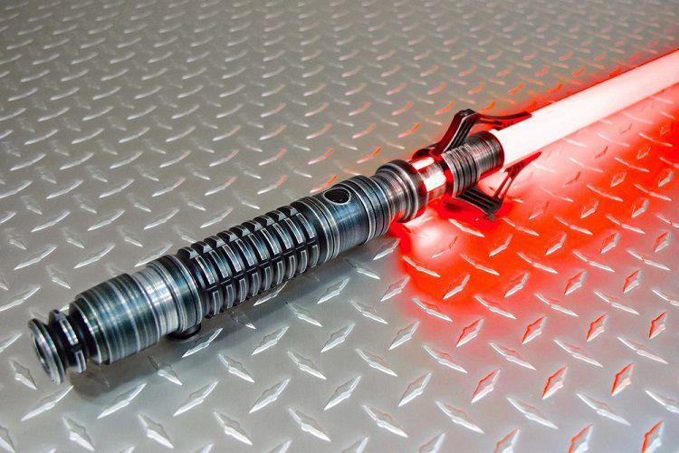 star-wars-sabre-laser-sith-venin-cosplay-2 [750 x 500]