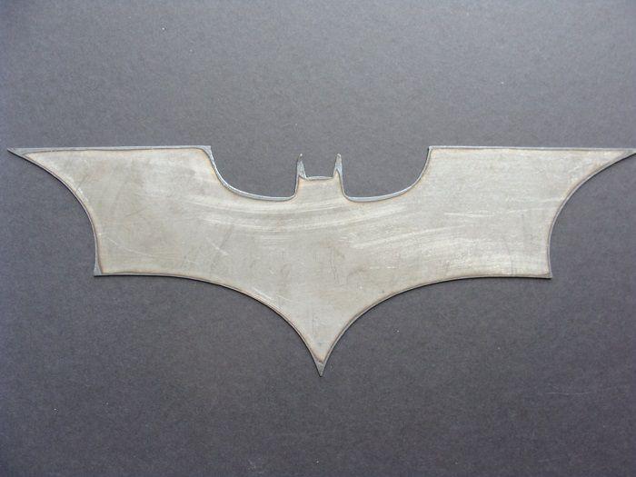 batman-dc-comics-logo-dark-knight-panneau-mural-metal-acier-plaque-decoration [700 x 525]