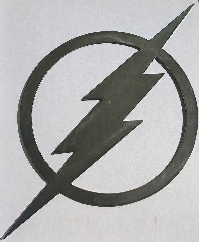 flash-dc-comics-logo-panneau-mural-metal-acier-plaque-decoration [700 x 848]