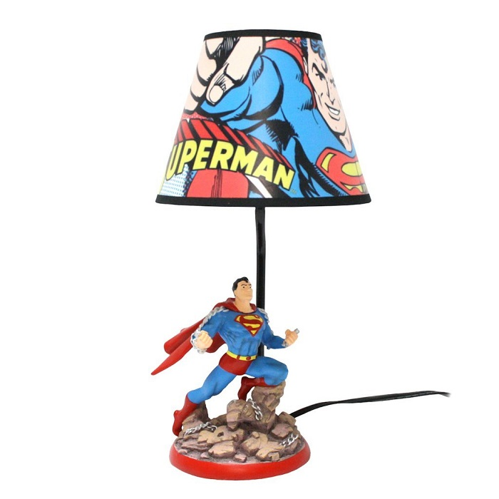 lampe-superman-dc-comics-figurine [700 x 700]