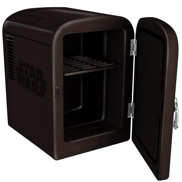 star-wars-dark-vador-mini-frigidaire-frigo-refrigerateur [600 x 600]