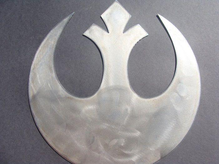 star-wars-logo-alliance-rebelle-panneau-mural-metal-acier-plaque-decoration [700 x 525]