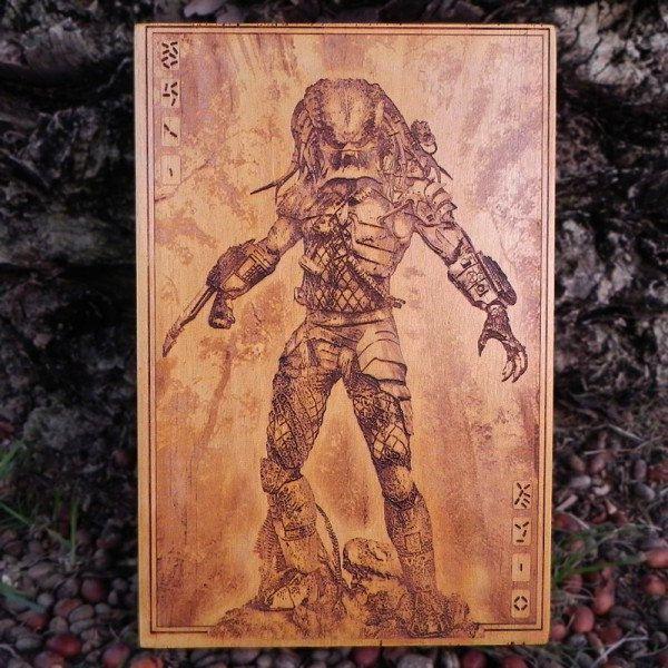 predator-tableau-panneau-bois-affiche-poster [600 x 600]