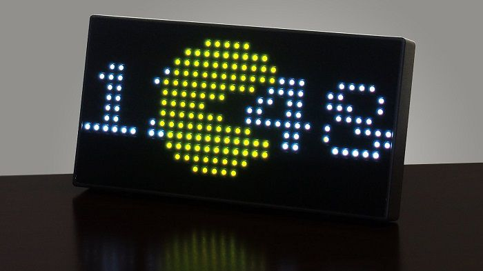 horloge-pac-man-bureau-35- anniversaire-pixel-8-bit-retrogaming [700 x 363]
