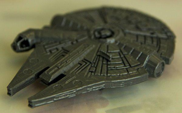 star-wars-faucon-millenium-imprimante-3d-print [600 x 371]