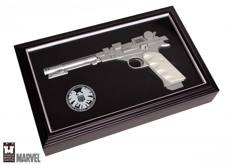 nick-fury-pistolet-nf-300-needle-gun-replique-marvel-shield [750 x 530]