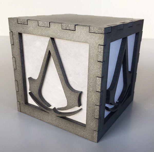 assassin-creed-logo-boite-lumiere-light-box-decoration [600 x 592]