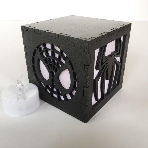 spiderman-logo-boite-lumiere-light-box-marvel-decoration [600 x 600]