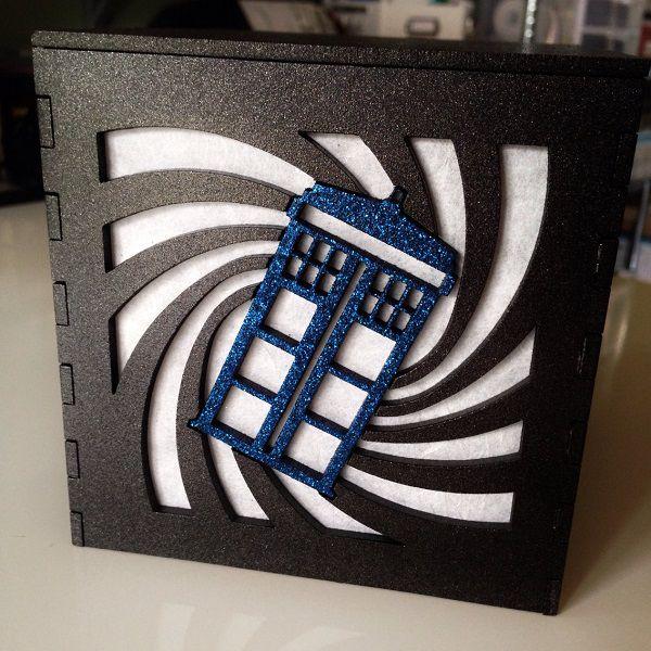 tardis-boite-lumiere-light-box-doctor-who-decoration [600 x 600]