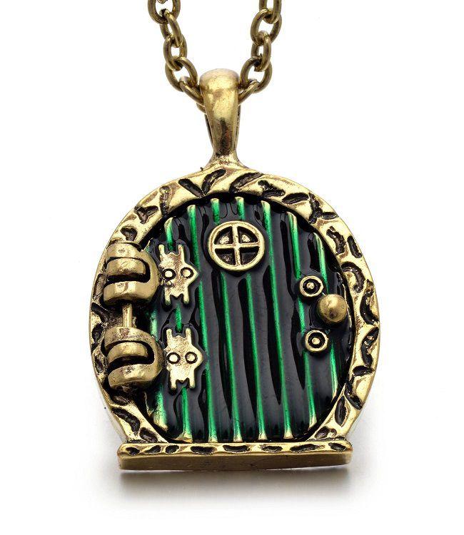 pendentif-le-hobbit-porte-bilbon-sacquet [650 x 750]