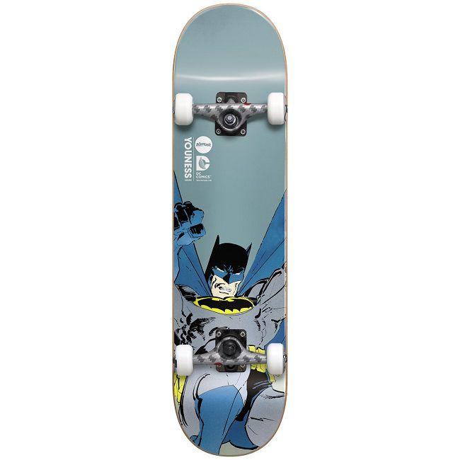 dc-comics-batman-dark-knight-skateboard-almost-planche-face-650-x-650
