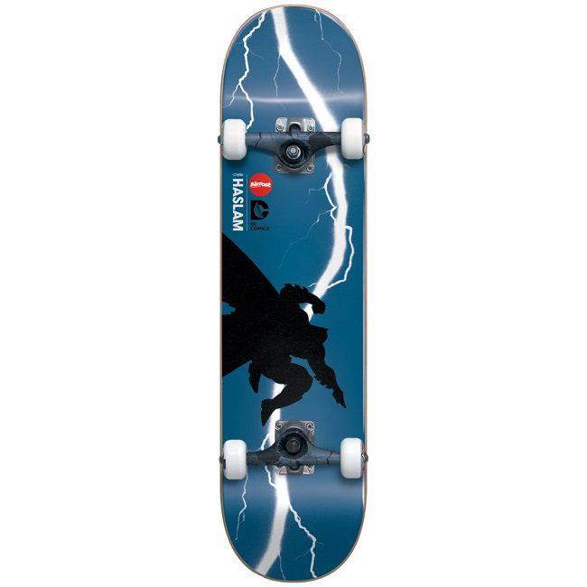 dc-comics-batman-dark-knight-skateboard-almost-planche-mullen-650-x-650
